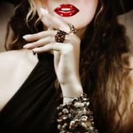 standoutwoman-featuredimage_200px