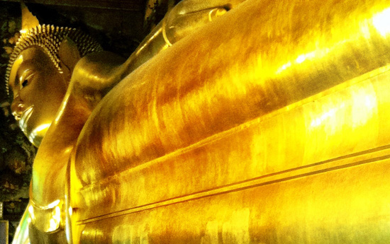 gold statue in Thailand