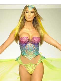 model7-carmen-carrera
